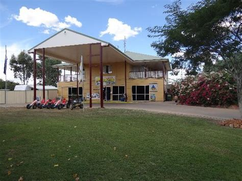 Longreach Accommodation Cabins by Longreach Tourist Park See 142 Reviews And 44 Photos