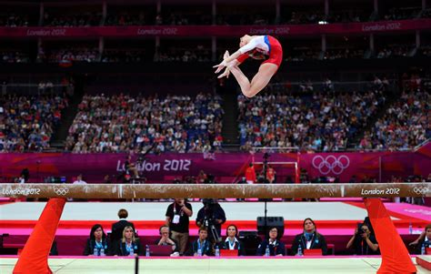 the olimpyc gymnastic shark in 2013 photos olympic gymnast on beam www pixshark com images