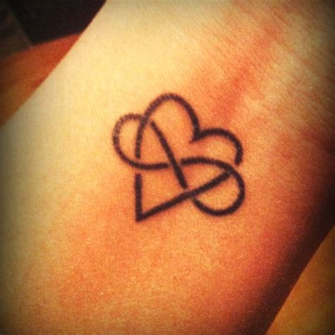 heartbeat tattoo sister sister tattoos sisters and tattoos and body art on pinterest