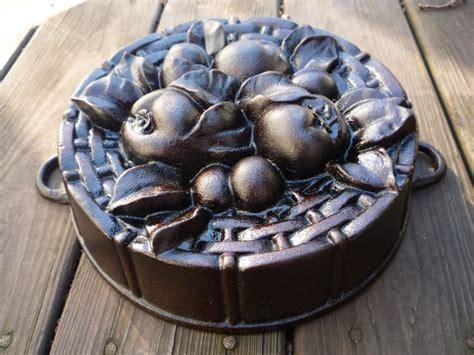 best cast iron pan 156 best cast iron cake pans images on cake