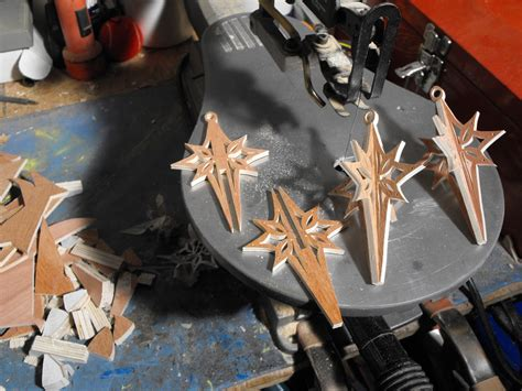 how to make a 3d star christmas ornament