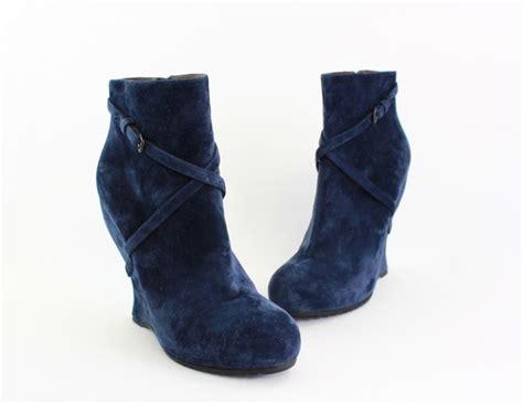 bottega veneta nwob navy blue suede wedge heel