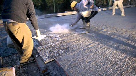 quarzo per pavimenti pavimentazioni industriali a spolvero