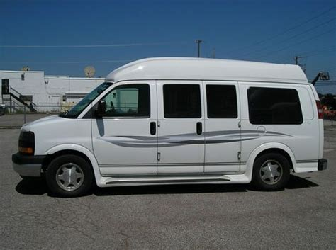 how make cars 2005 gmc savana 1500 seat position control sell used 2005 gmc savana 1500 handicap van 5 door hi top very good condition in medina ohio
