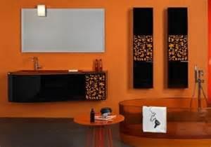 Colour Ideas For Bathrooms by 18 Ba 241 Os Decorados En Naranja