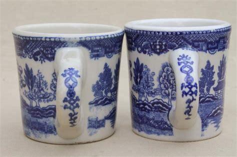 blue pattern china mugs blue willow pattern coffee mugs vintage japan blue