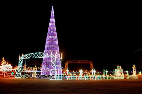 bentleyville tour of lights inn on lake superior