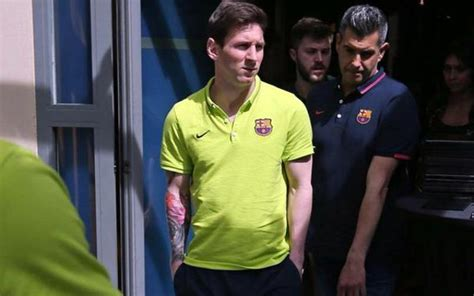 lionel messi sleeve tattoo image lionel messi shows horrendous sleeve