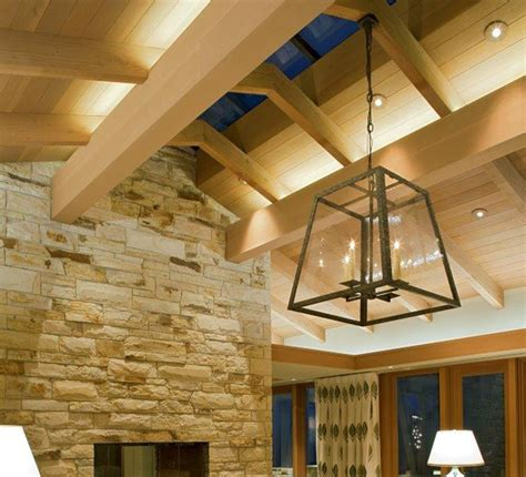 properly light  space  high ceilings