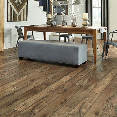 The Pros and Cons You Need to Know About Hardwood Floorings