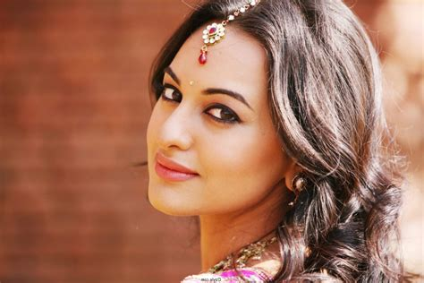 all bollywood heroine photo download bollywood actress hot and beautiful free hd photos