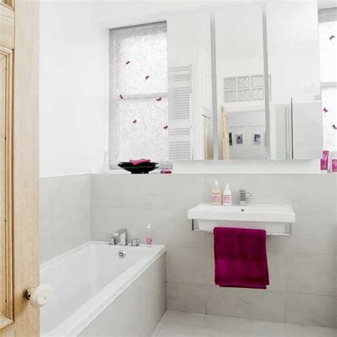 white and pink bathroom bathroom decorating ideas