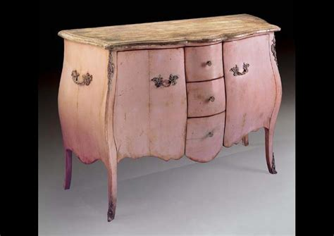 Commode Galbee by Commode Galbee