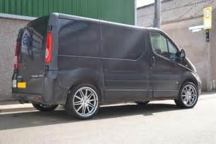 Vauxhall Vivaro Wheels Tx18 20s Vauxhall Vivaro 1 Turriff Tyres Alloy Wheels
