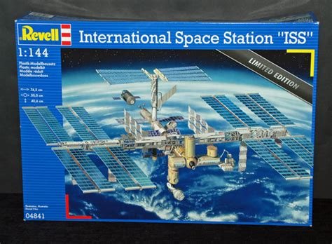 international space station iss revell 1 144 scale