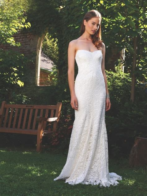 gowns for a glamorous country style wedding rustic wedding chic