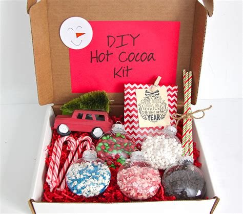 gift idea diy hot cocoa kit smashed peas carrots