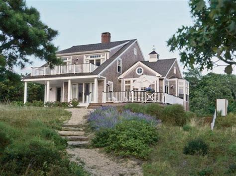 cape cod cottage style family cottage cape cod