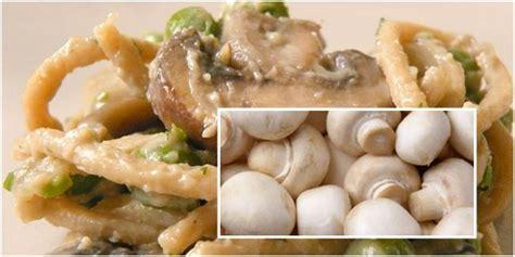 aneka jenis jamur  bisa diolah jadi hidangan lezat