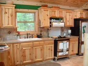 Pine Kitchen Furniture by How To Select Knotty Pine Kitchen Cabinets Cabinets And