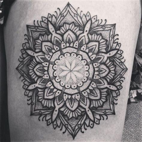 tattoo inspiration mandala 114 besten mandala star tattoo inspiration bilder auf