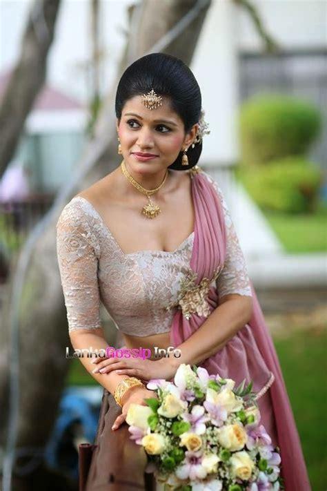 new sri lankan girrls hair styles kandyan bridesmaid kandyan brides pinterest bridesmaid