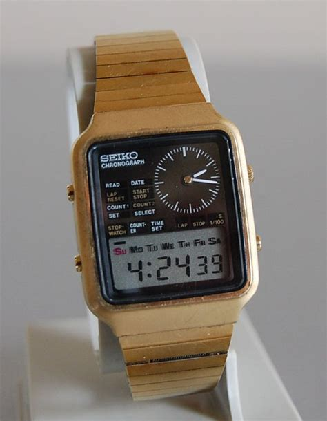 vintage 1970s seiko chronograph digital wristwatch h127