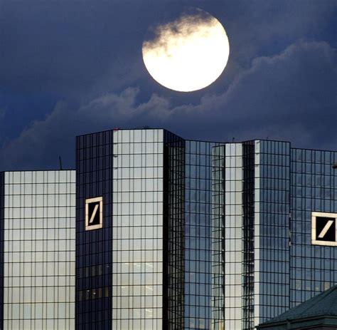wem gehört die deutsche bank deutsche bank 60 000 kunden bekamen kein geld am