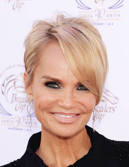 everyday hairstyles with side bangs kristin chenoweth s pixie with long side bangs hairstyle