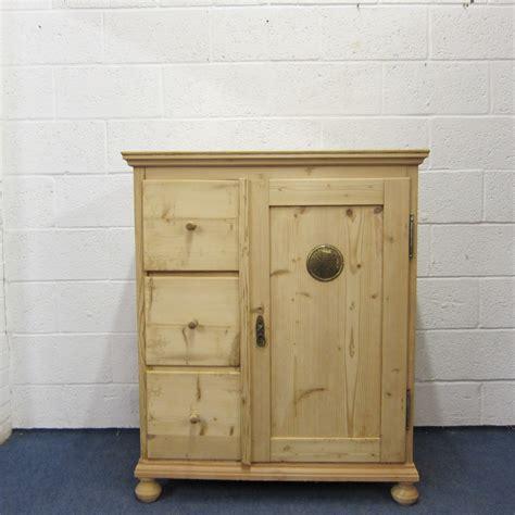 Pine Cupboard Small Antique Pine Larder Cupboard 3 Drawers 305079