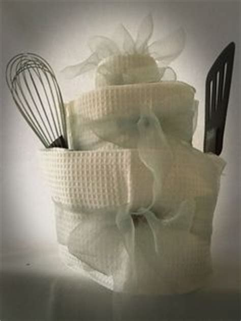 gift ideas for kitchen tea 1000 images about kitchen tea party gifts on pinterest