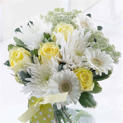 Baby Flowers Delivery by New Baby Flowers With Free Delivery Flyingflowers Co Uk