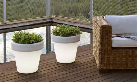vasi illuminati da esterno prezzi vasi luminosi per esterno e interno groupon goods