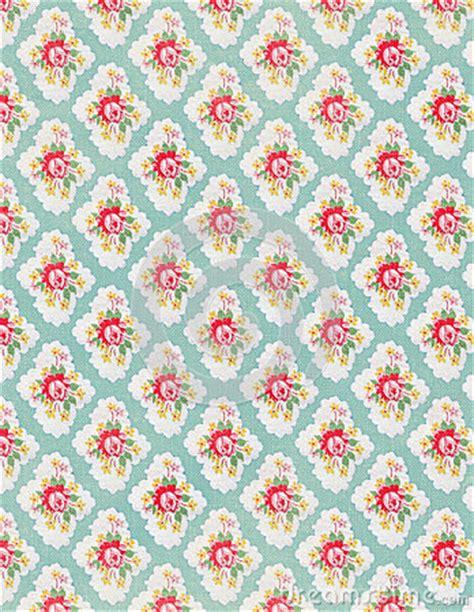 vintage floral wallpaper rose repeat pattern