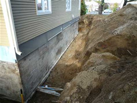 mur humide comment faire comment chasser l humidit dans une maison traitement humidit remontes capillaires asschement