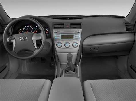 how make cars 2009 toyota camry hybrid interior lighting 2009 toyota camry cockpit interior photo automotive com