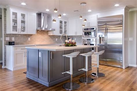 top rated kitchen cabinets manufacturers add a splash of color to your kitchen with cabinet and stone