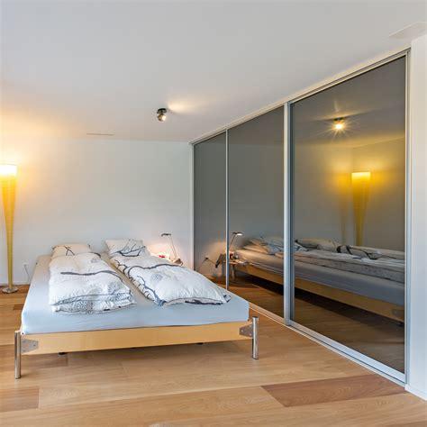 Schrank Im Schlafzimmer by Betten Auf Zu