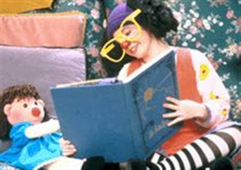 the big comfy couch picky eater 1000 images about big comfy couch on pinterest the big