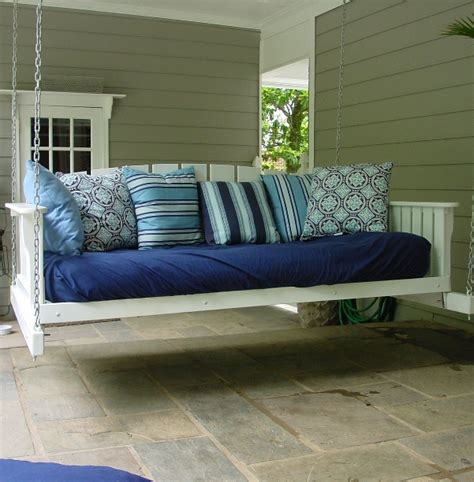 Daybed Porch Swing with Woodworking Plans Hanging Daybed Swing Plans Pdf Plans