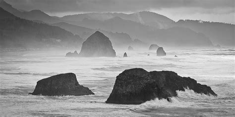 stormy weather rolling into cannon beach oregon dave