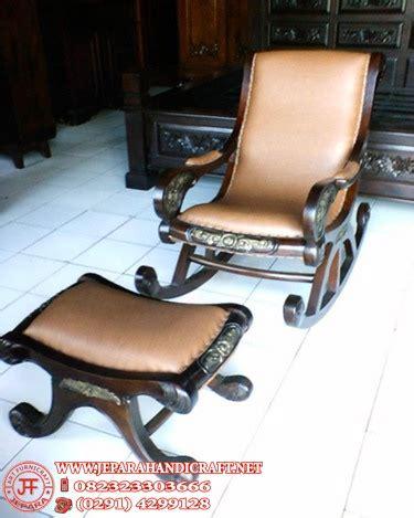 Kursi Goyang Rotan Murah harga kursi goyang jati antik murah