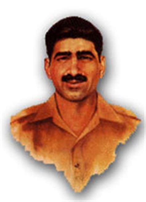 biography of sawar muhammad hussain shaheed pakistan cricket players biography wallpapers sawar