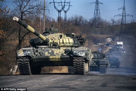 Hijaket Army Dozens Of Russian Tanks Spotted Crossing Into Ukraine
