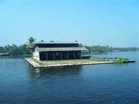 Alleppey Boat House Photo