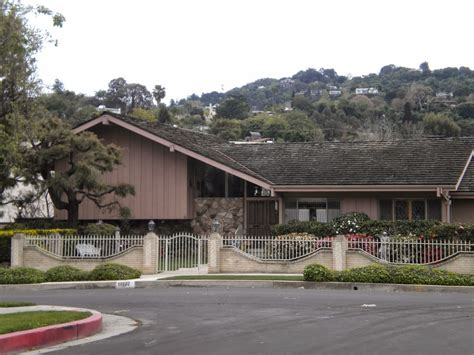 brady bunch house the brady bunch blog brady bunch house today