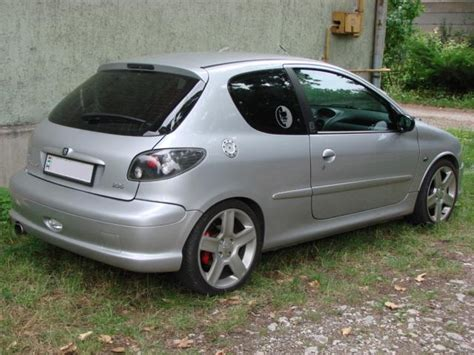 buy peugeot 206 peugeot 206 gt picture 14 reviews specs buy car