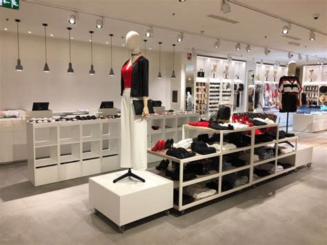 negozi mobili design arredamento negozio abbigliamento arredo negozi vestiti
