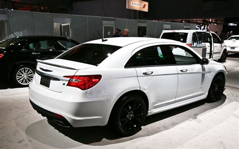 2013 Chrysler 200 S Review by 2013 Chrysler 200 Review And Rating Motor Trend