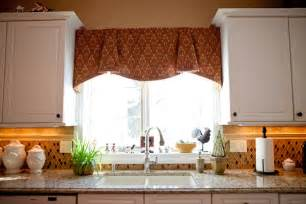 Window Treatment Ideas For Kitchen by Kitchen Dress Up Ideas With Window Healing